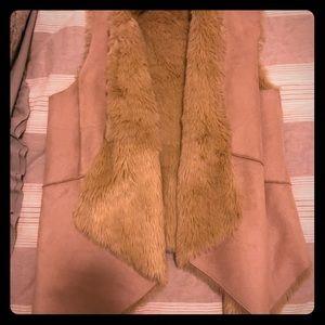 Faux-fur/micro suede vest